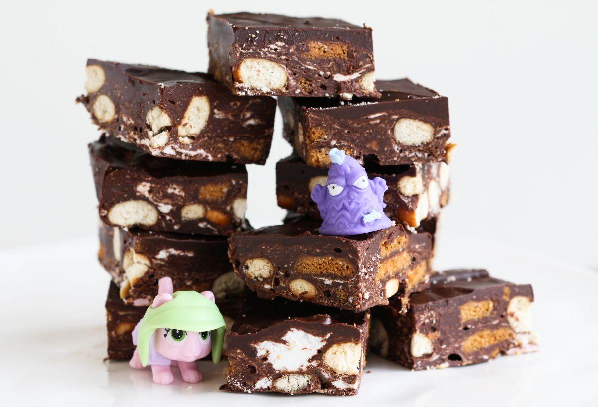 רוקי רואד - חטיף שוקולד והפתעות
