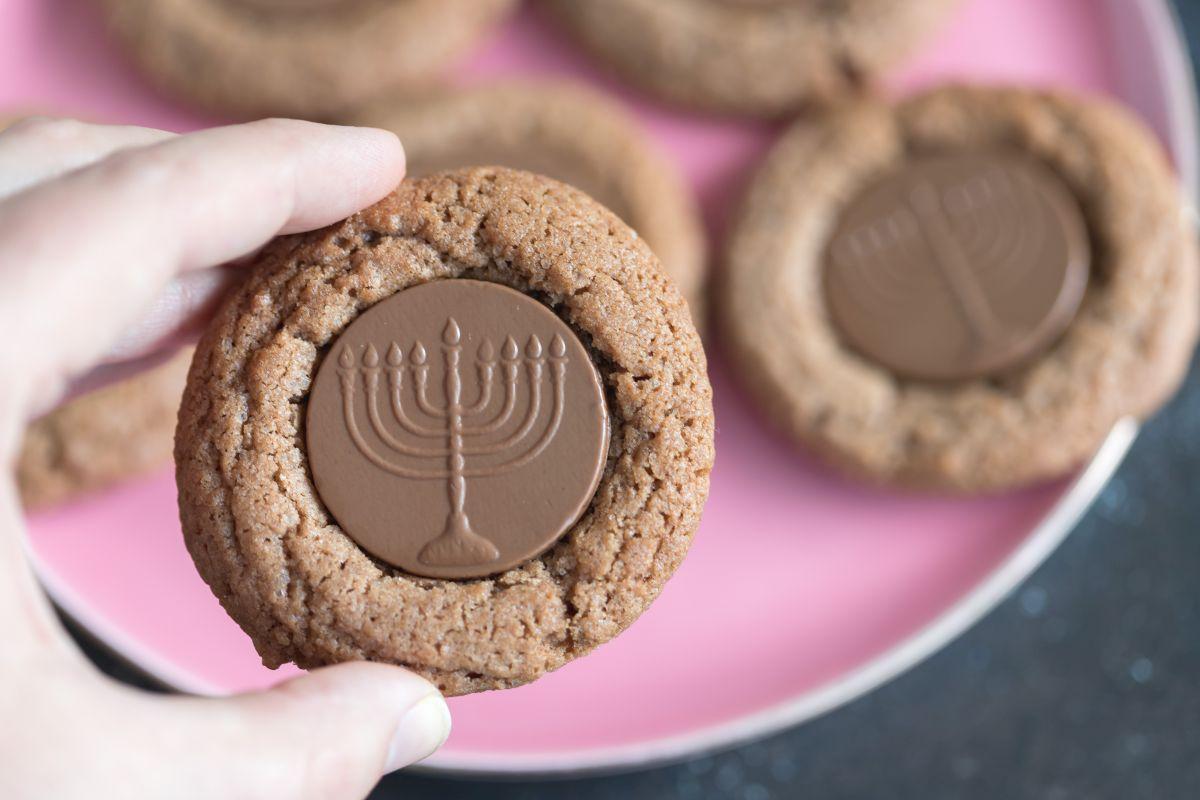 עוגיות מטבעות שוקולד לחנוכה